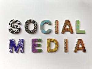 Read more about the article Setbacks of Social Media Retailers